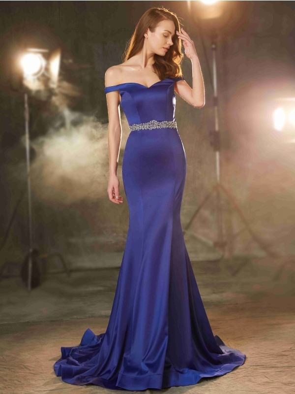 Trumpet/Mermaid Sleeveless Off-the-Shoulder Crystal Sweep/Brush Train Satin Dresses