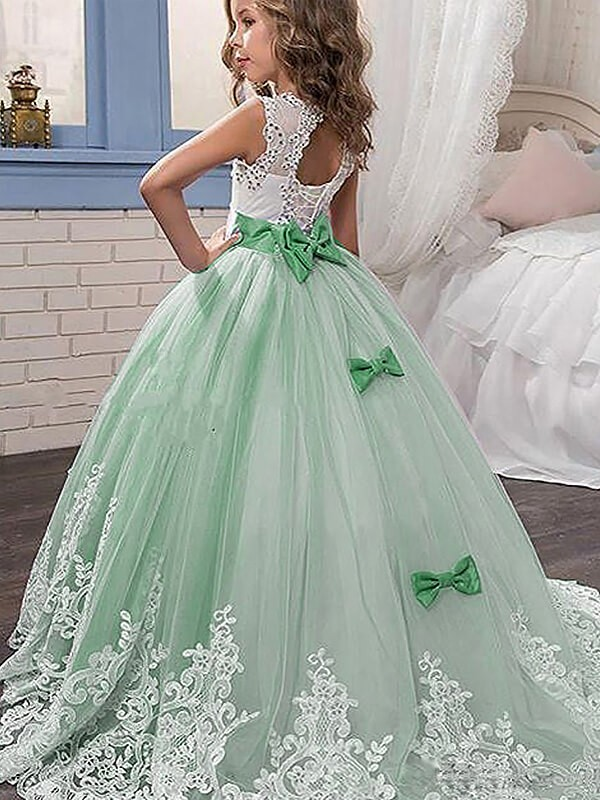 Ball Gown Sleeveless Jewel Lace Sweepbrush Train Tulle Flower Girl