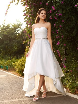 A-Line/Princess Sleeveless Sweetheart Beading Asymmetrical Organza Wedding Dresses