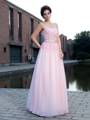 A-Line/Princess Sleeveless Straps Applique Floor-Length Net Dresses