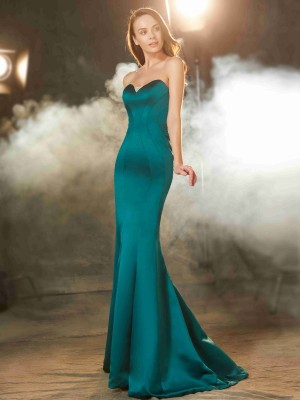 Trumpet/Mermaid Sleeveless Sweetheart Ruched Sweep/Brush Train Satin Dresses