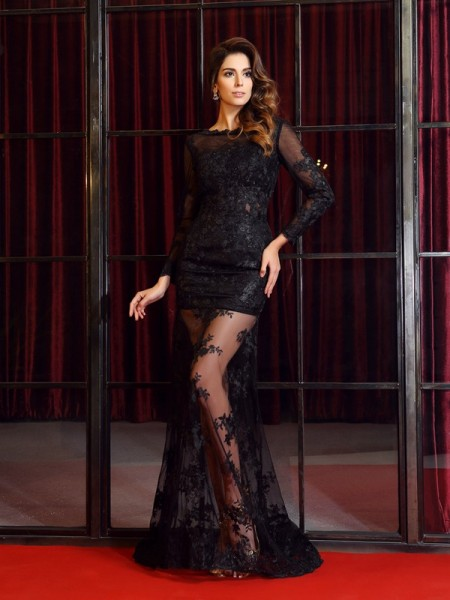 Trumpet/Mermaid Long Sleeves Bateau Applique Sweep/Brush Train Lace Dresses