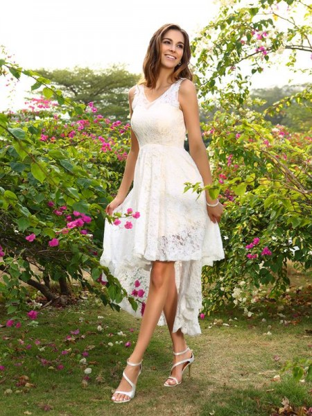 A-Line/Princess Sleeveless V-neck Lace Asymmetrical Lace Bridesmaid Dresses