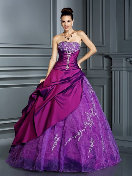 Ball Gown Sleeveless Strapless Applique Floor-Length Taffeta Quinceanera Dresses