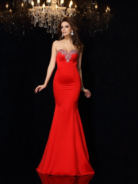 Sheath/Column Sleeveless Sweetheart Beading Court Train Satin Dresses