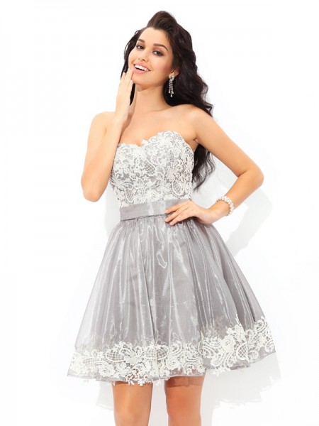 A-Line/Princess Sleeveless Sweetheart Lace Short/Mini Tulle Dresses