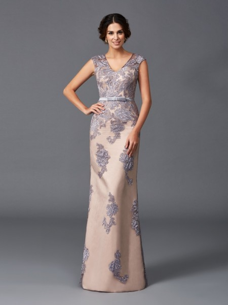Sheath/Column Sleeveless Straps Applique Floor-Length Satin Dresses