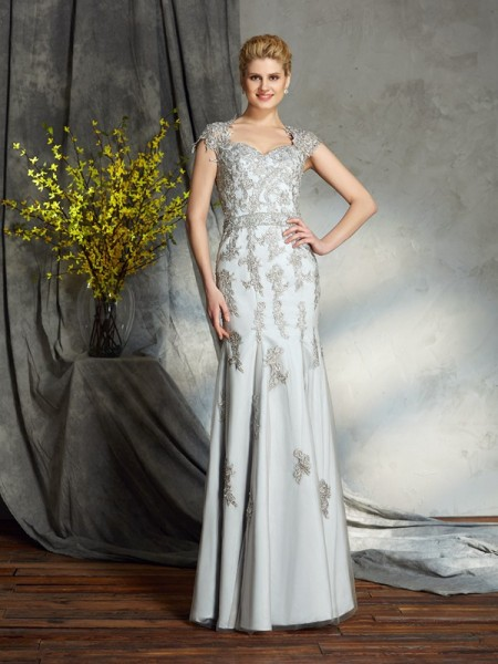 Sheath/Column Sleeveless Sweetheart Applique Floor-Length Satin Mother of the Bride Dresses