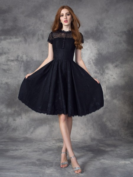 A-Line/Princess Short Sleeves Jewel Lace Knee-Length Lace Dresses