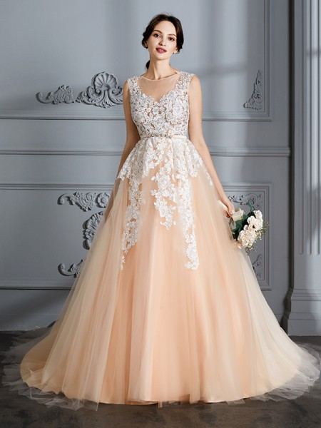 Ball Gown Sleeveless Scoop Court Train Tulle Wedding Dresses