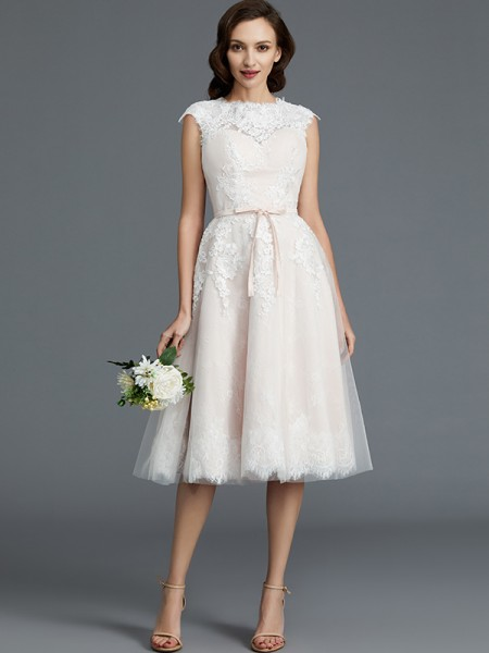 A-Line/Princess Sleeveless Bateau Knee-Length Tulle Wedding Dresses