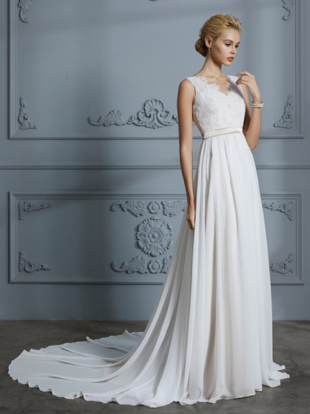 A-Line/Princess Sleeveless V-neck Lace Court Train Chiffon Wedding Dresses