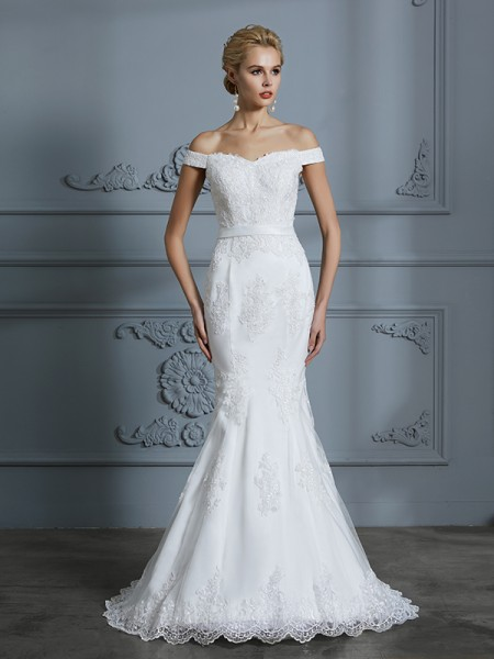 Trumpet/Mermaid Sleeveless Off-the-Shoulder Lace Sweep/Brush Train Tulle Wedding Dresses