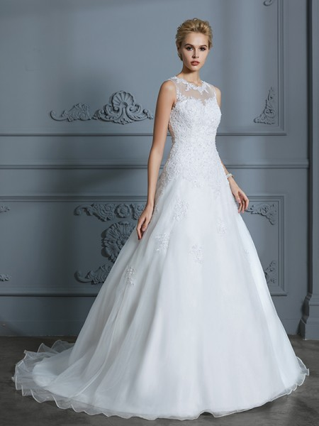Ball Gown Sleeveless Scoop Applique Court Train Tulle Wedding Dresses