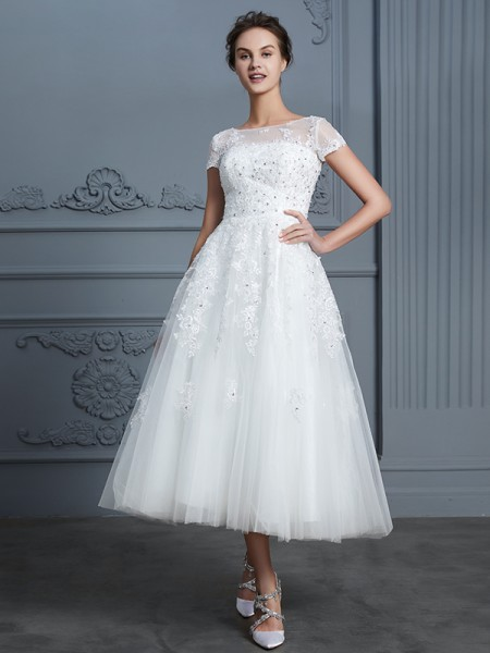 A-Line/Princess Short Sleeves Scoop Beading Tea-Length Tulle Wedding Dresses