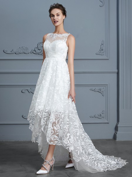 A-Line/Princess Sleeveless Scoop Lace Asymmetrical Lace Wedding Dresses