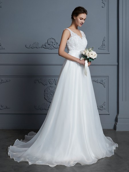 A-Line/Princess Sleeveless V-neck Lace Floor-Length Chiffon Wedding Dresses