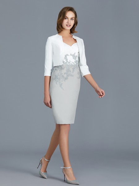 Sheath/Column 1/2 Sleeves V-neck Ruffles Knee-Length Chiffon Mother of the Bride Dresses