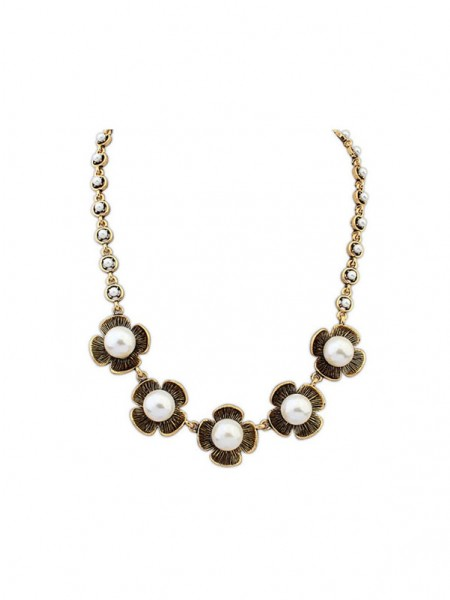 Occident Four Leaf Pearls Hot Sale Necklace