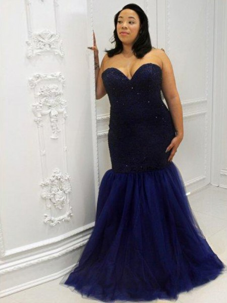Trumpet/Mermaid Sleeveless Sweetheart Sequin Floor-Length Tulle Plus Size Dresses