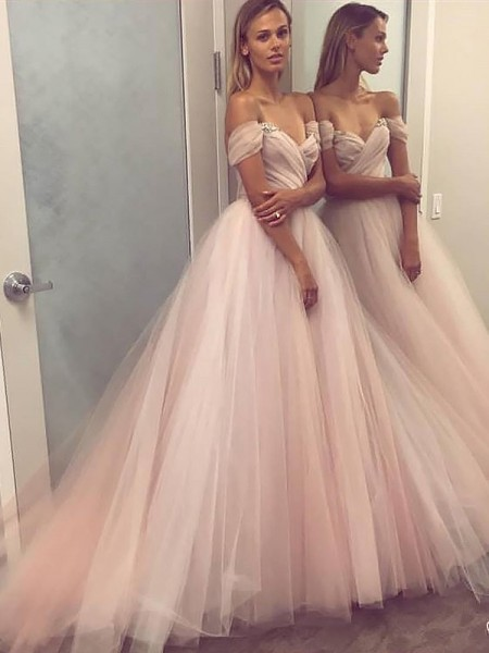 A-Line/Princess Sleeveless Off-the-Shoulder Beading Sweep/Brush Train Tulle Dresses