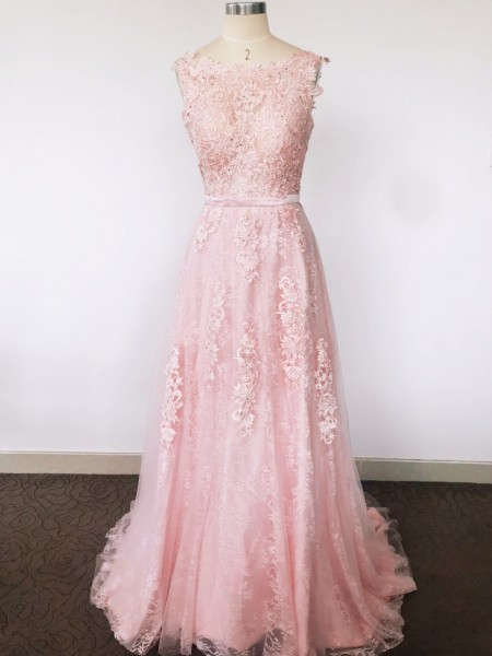 A-Line/Princess Sleeveless Scoop Applique Sweep/Brush Train Tulle Dresses