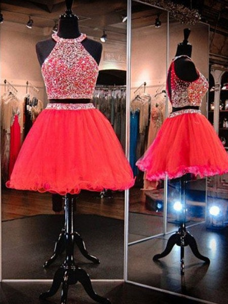 A-Line/Princess Sleeveless Halter Beading Short/Mini Tulle Dresses
