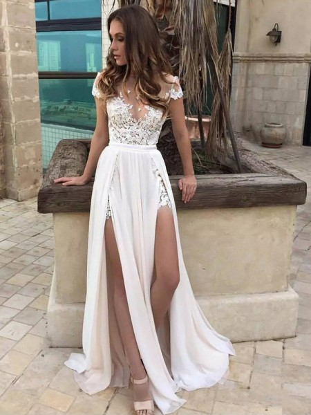 A-Line/Princess Sleeveless V-neck Lace Sweep/Brush Train Chiffon Wedding Dresses