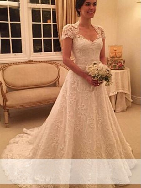 A-Line/Princess Short Sleeves Sweetheart Lace Court Train Lace Wedding Dresses