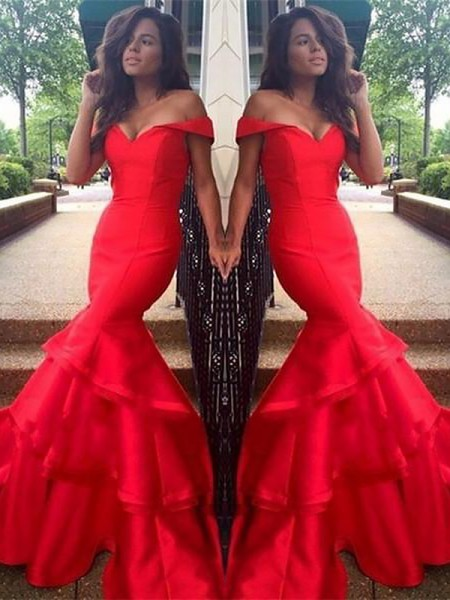Trumpet/Mermaid Sleeveless Off-the-Shoulder Layers Sweep/Brush Train Taffeta Dresses
