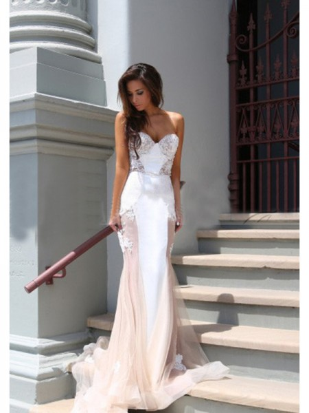 Trumpet/Mermaid Sleeveless Sweetheart Applique Chapel Train Tulle Dresses