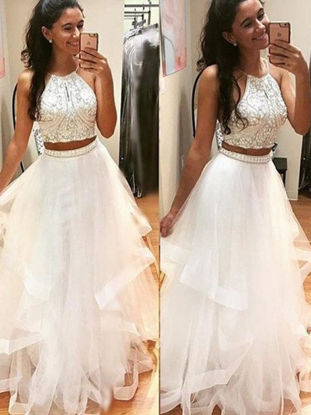 A-Line/Princess Sleeveless Halter Beading Floor-Length Tulle Dresses