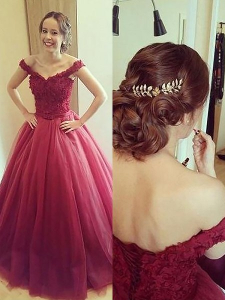Ball Gown Sleeveless Off-the-Shoulder Applique Court Train Tulle Dresses