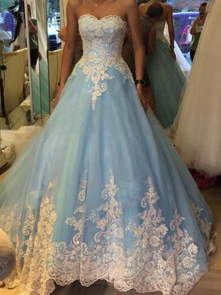 Ball Gown Sleeveless Sweetheart Applique Floor-Length Tulle Quinceanera Dresses