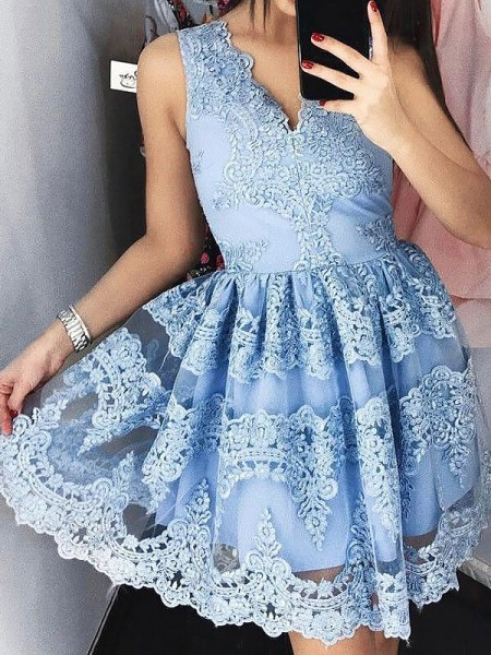 A-Line/Princess Sleeveless V-neck Short/Mini Lace Dresses
