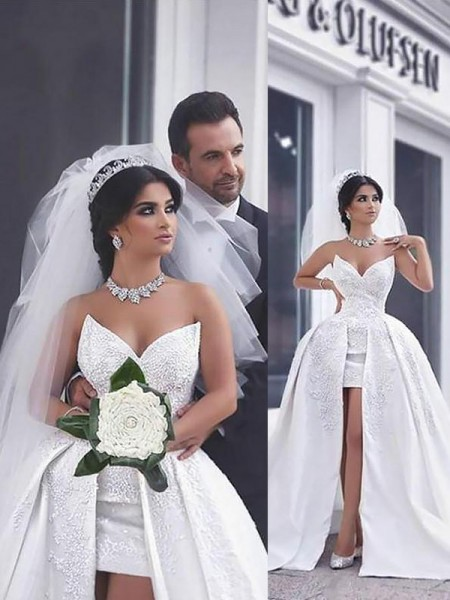 Ball Gown Sleeveless Sweetheart Beading Chapel Train Satin Wedding Dresses