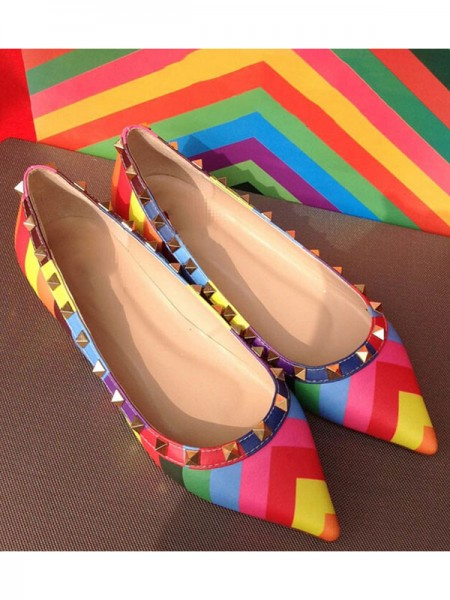 Women's Colorful Flat Heel Sheepskin Closed Toe With Rivet Flat Shoes