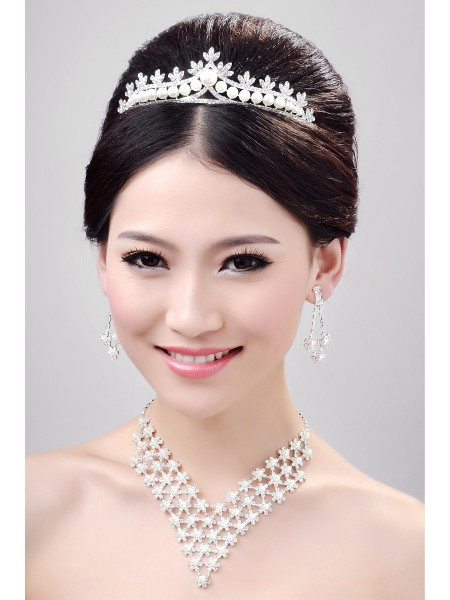 Very Charming Alloy Clear Crystals Pearls Wedding Headpieces Necklaces Earrings Set